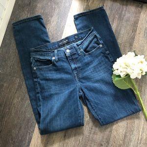 Lucky Brand | Brooke Straight Leg Jeans